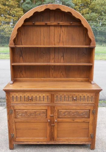 Medium Oak Welsh Dresser by Jaycee